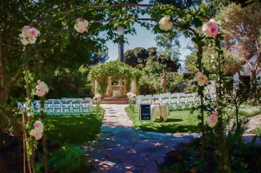 j1315-24-los-angeles-wedding-photographer-pierpont-inn-ventura